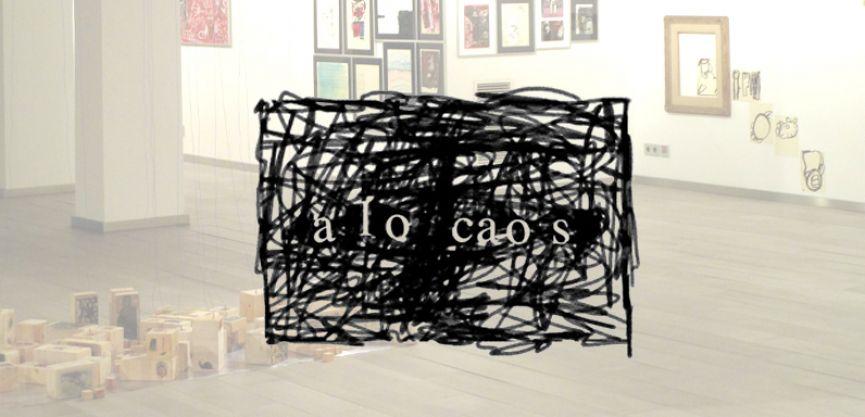 A lo caos (logotipo de la exposición)