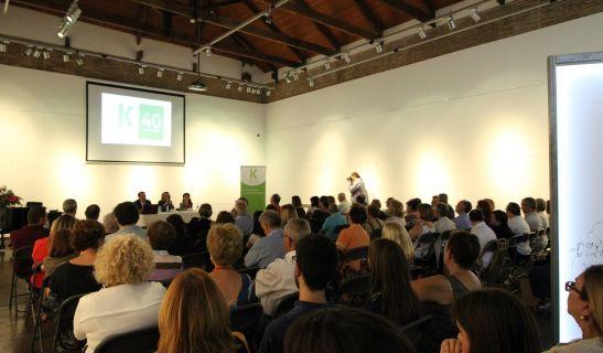 El Centre d'Art Villa Eugènia de Godella lleno con los asistentes a la jornada